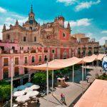 Plaza de El Salvador de Sevilla, clásico punto de encuentro para cervezas y tapas en la Capital