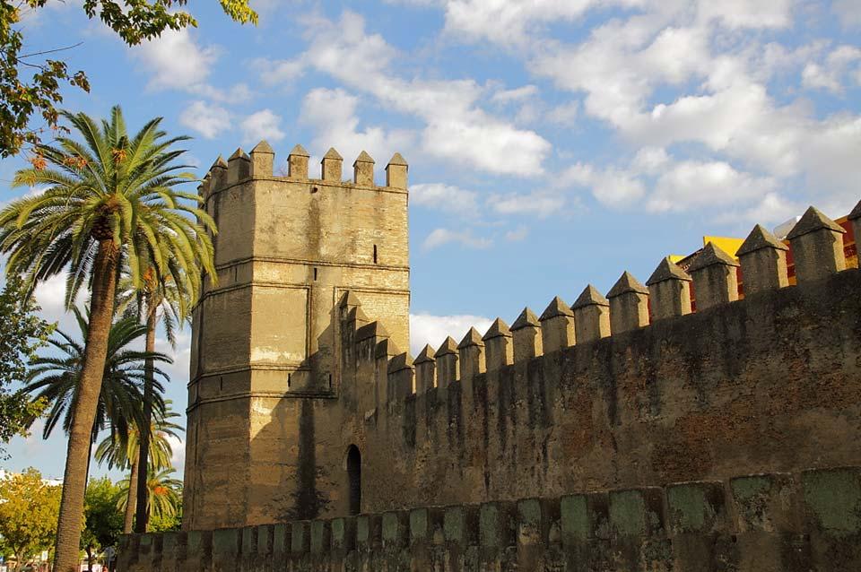 Muralla de La Macarena - Ronda Capuchinos - Sevilla Centro