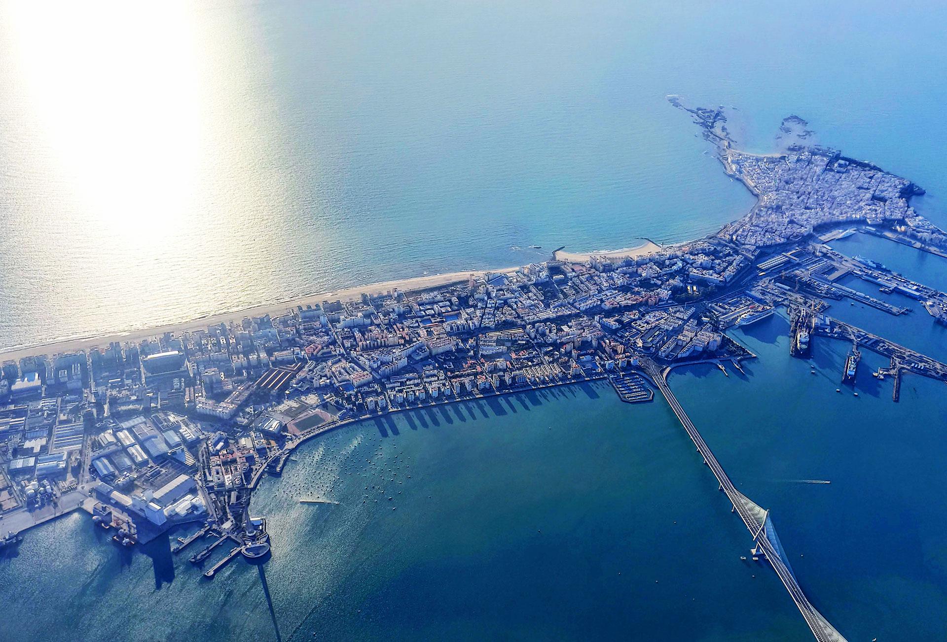 Promoción de viviendas en Torre ABU de 20 plantas en Cádiz