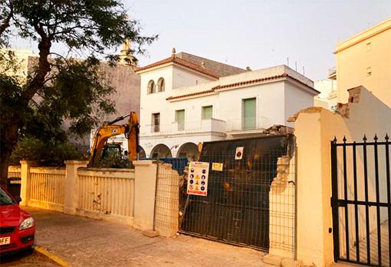 Demolición del chalet Cerón - Cádiz
